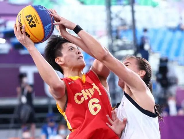 创历史!中国队夺女子三人篮球铜牌,广东球员杨舒予得3分