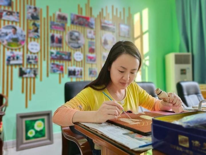 廣東財貿職業學院客座教授梁捷。(來源:清遠日報)
