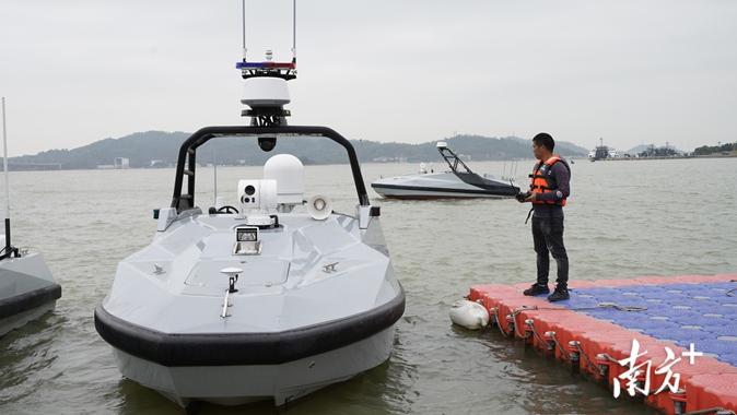 乘湾区东风,珠海小伙让中国无人船走向世界