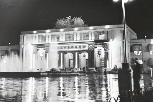 首届广交会的夜景。梁永淞 摄